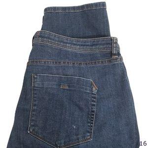 Tommy Bahama Straight Leg Boyfriend Jeans Size 12
